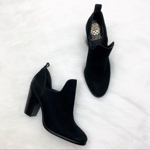 New Vince Camuto Nubuck Black Ankle Boots Size 7